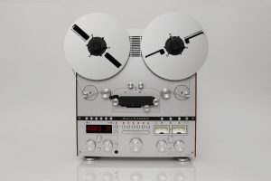 Ballfinger open reel tape recorder front view